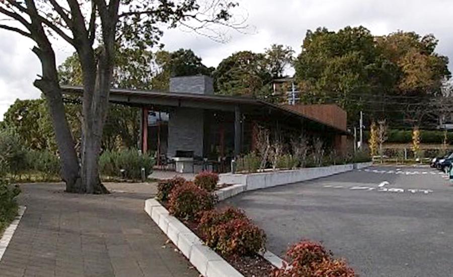 スターバックス奈良鴻池運動公園前店、外観2