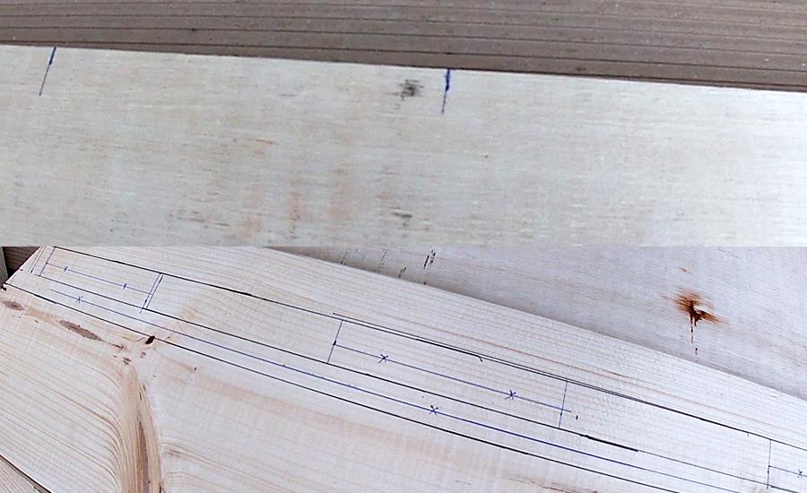 塗装などを行う前に、手すりとなる1×6材(ワンバイシックス)と塗装合板の裏側にそれぞれの取り付け位置を計算し、下書き