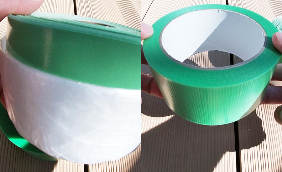 養生テープとビニール付き養生テープの2種類を使って養生
